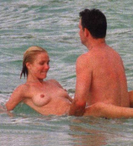 bare-breasted cameron diaz fucking in public