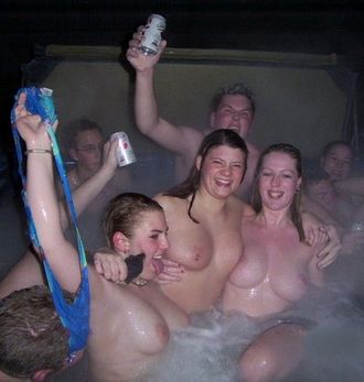 hot tub titties. Posted in: Naked, Nude In Public, Titties.
