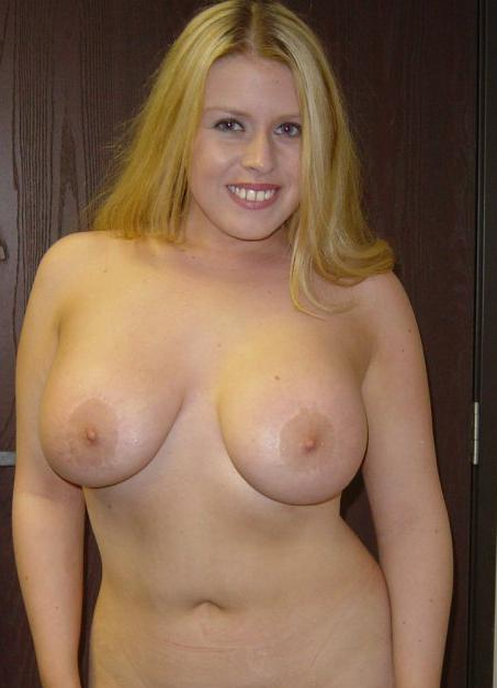 Free pictures of big breasted women