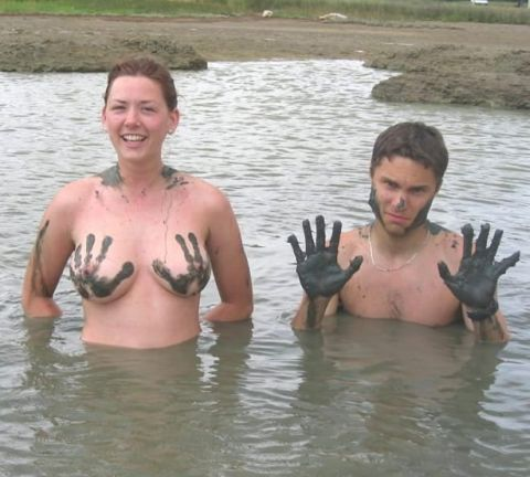 he grabbed her tits with muddy hands